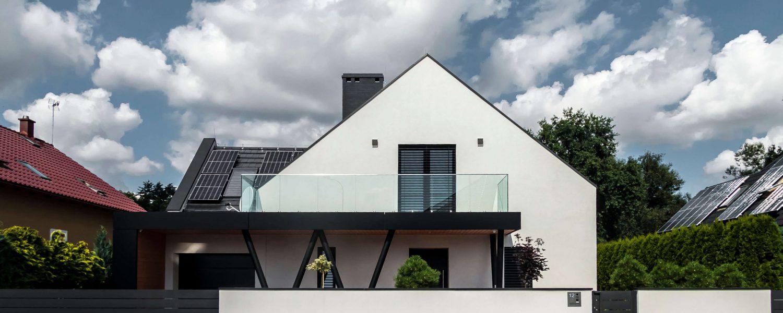 Dom V